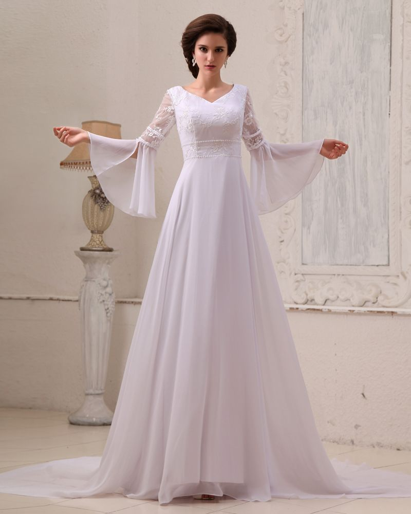 Cathedral wedding dress  Broderi Chiffon Profilering Cathedral Train Empire