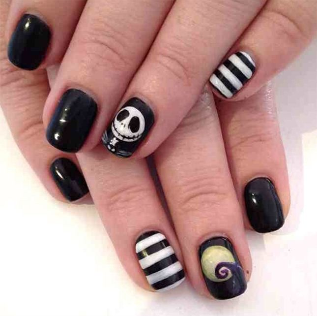 15 Black and White Nail Art Tutorials for Halloween | Christmas ...