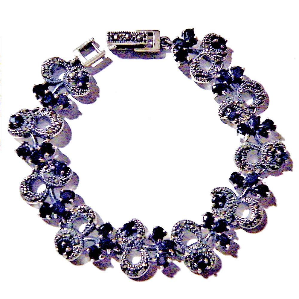 Emerald glass and Sapphire. Silver bracelet 925
