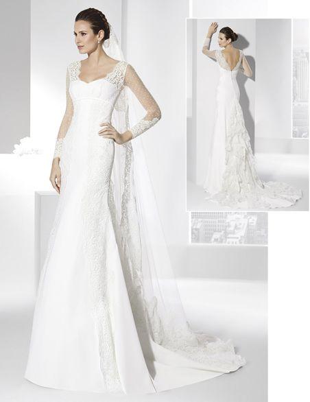 Traje de novias corte imperio con cola de volantes. | vestidos ...
