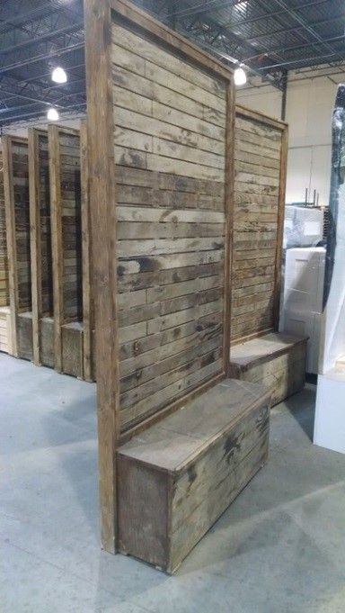 Vintage Pallet Wood Divider Wall Museum Display Ideas