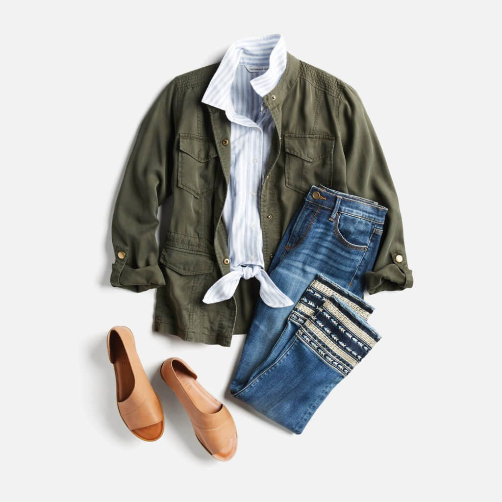 The jacket and the jeans are super cute. I love a good statement jean and a universal green jacket