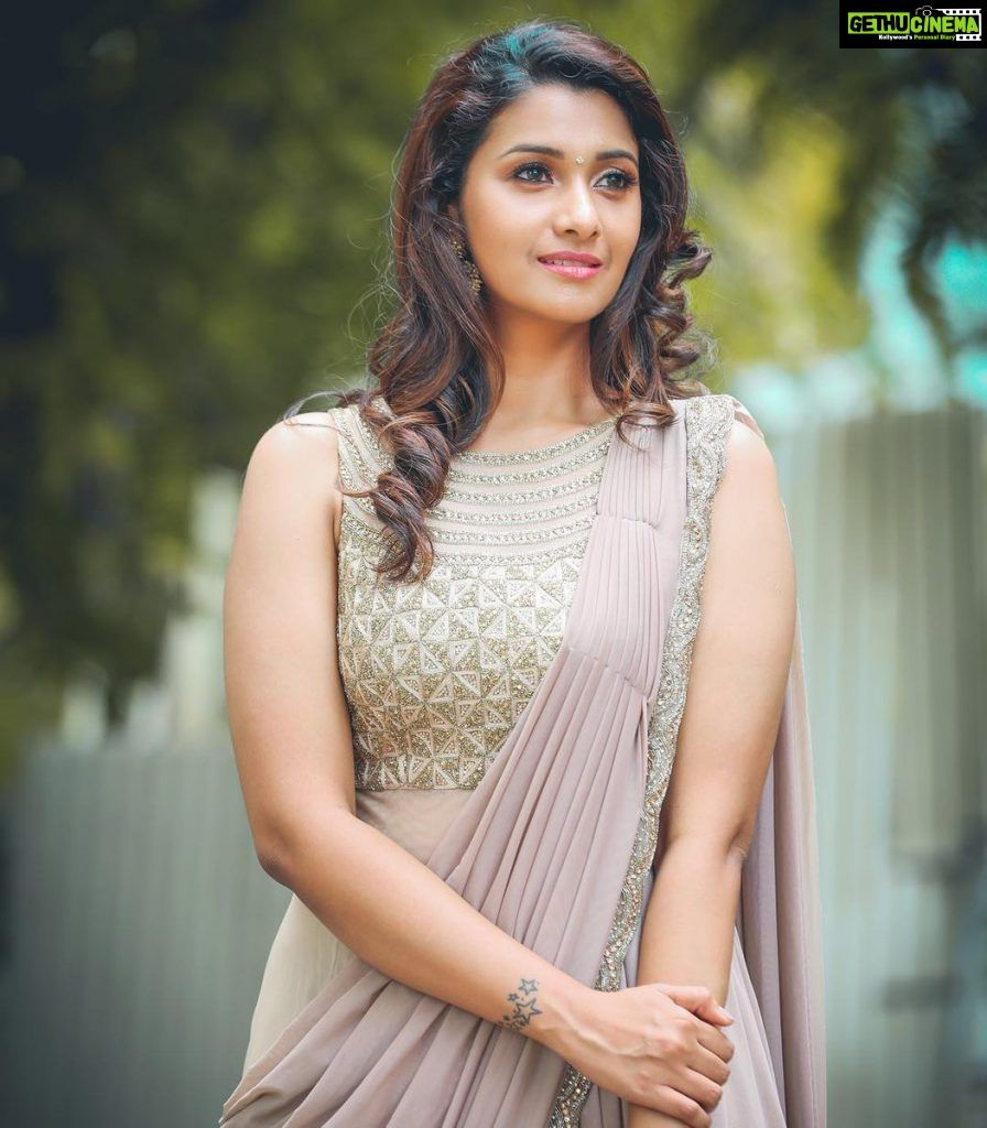 Actress Priya Bhavani Shankar Latest Photo Stills: Actress Priya Bhavani Shankar 2018 Latest Photo Shoot