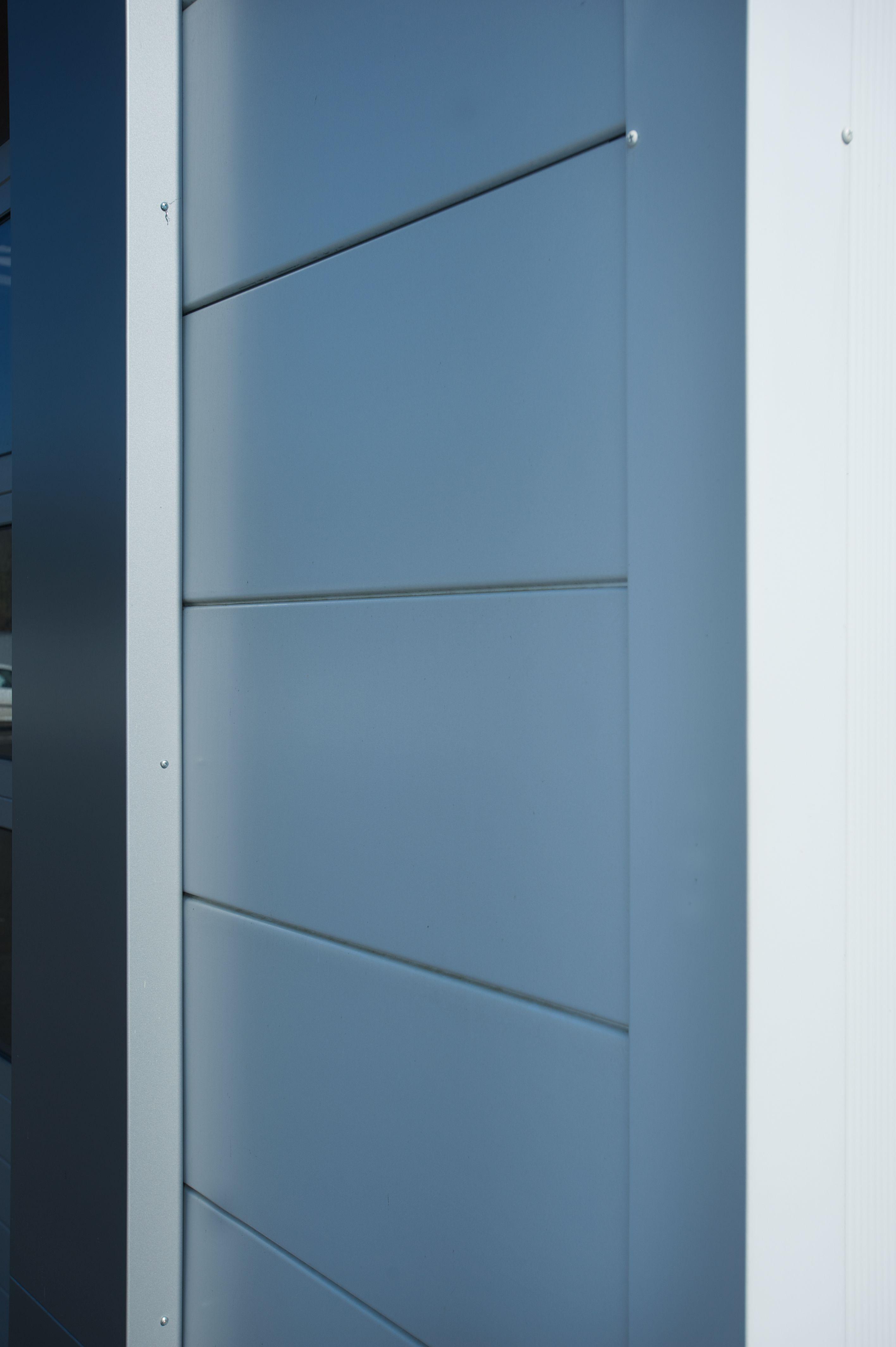 Health | BENCHMARK by Kingspan | Evolution | Metallic Silver | Wall ...