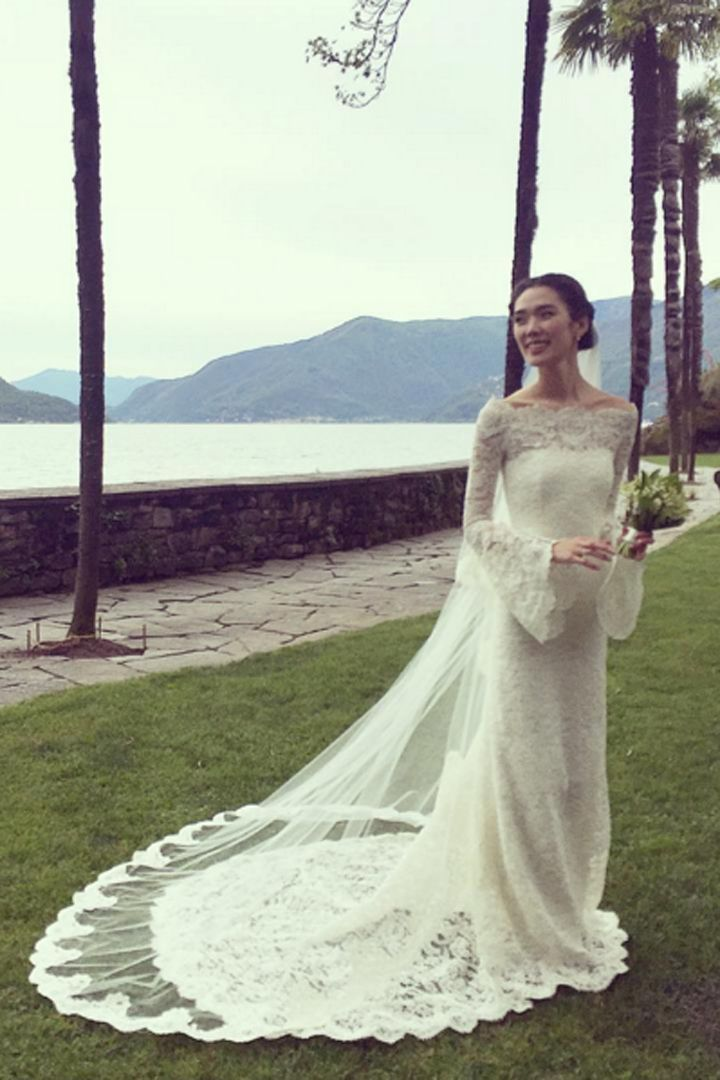 This Japanese Actress Wore A Lovely Lace Wedding Gown Like You Ve Never Seen Before Wedding Gowns Lace Wedding Dresses Wedding Dress Pictures