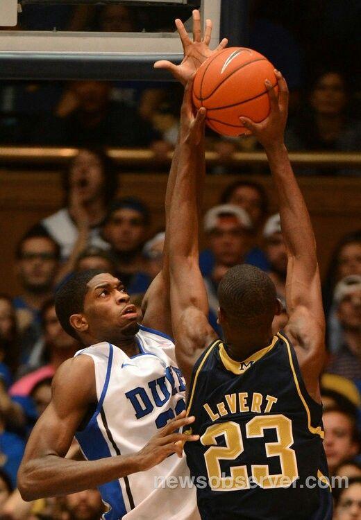 Amile Jefferson And Caris Levert Michigan Duke Basketball Basketball Jefferson