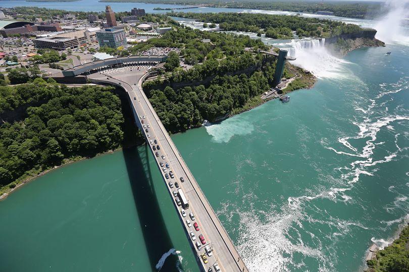 The Rainbow Bridge On The Border Of Usa And Canada At Niagara Falls Niagra Falls Vacation Niagara Falls Vacation Niagara Falls Trip