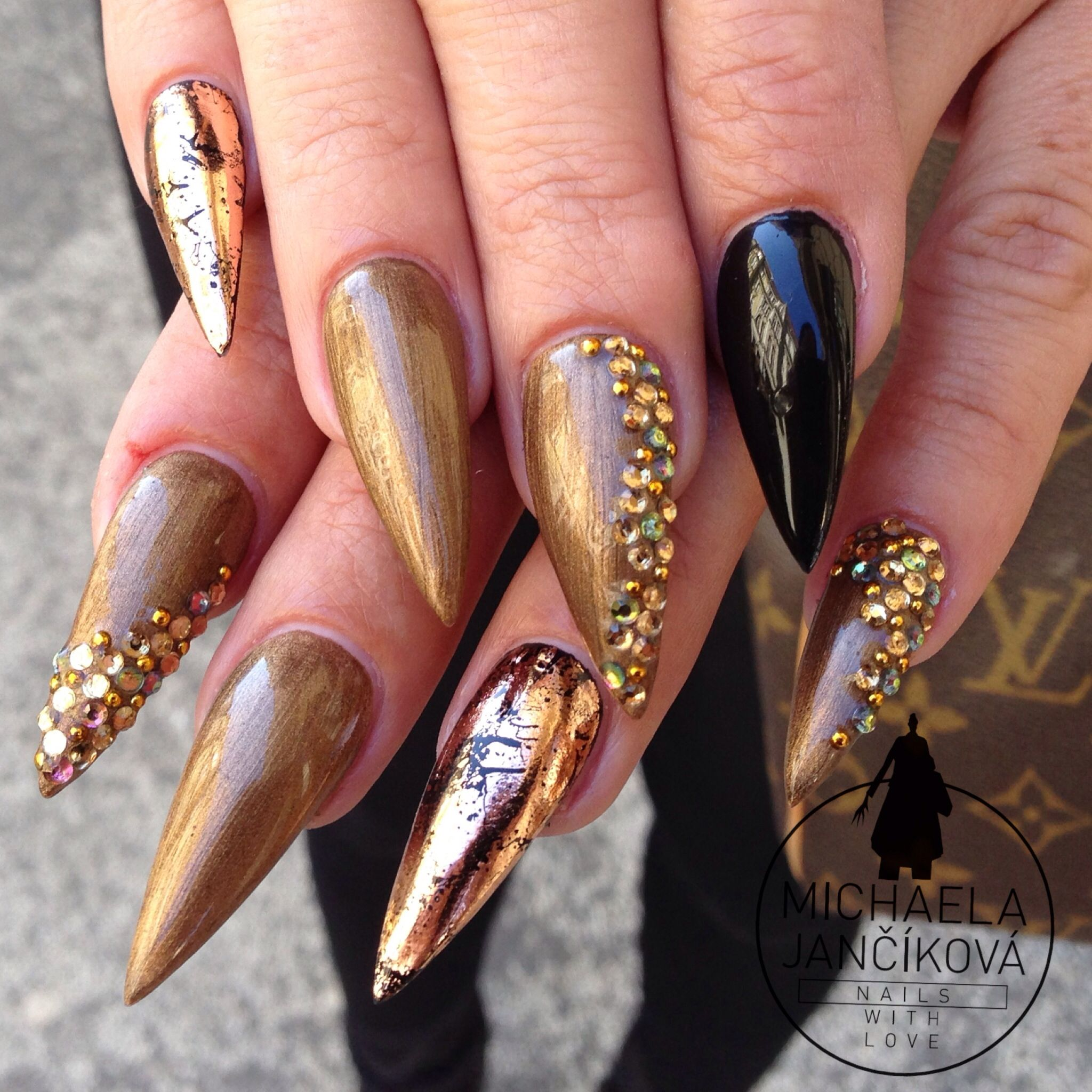 Stiletto nails with rhinestones and foil | Nails With Love | Pinterest