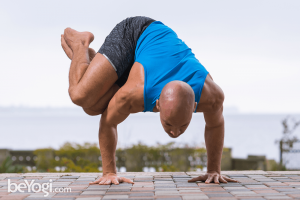 side crow pose  parsva bakasana  yoga poses for men
