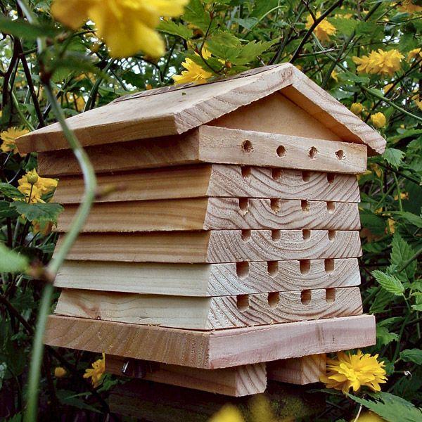 ruche pour abeilles solitaires wildlife world acheter sur autosuffisance. Black Bedroom Furniture Sets. Home Design Ideas