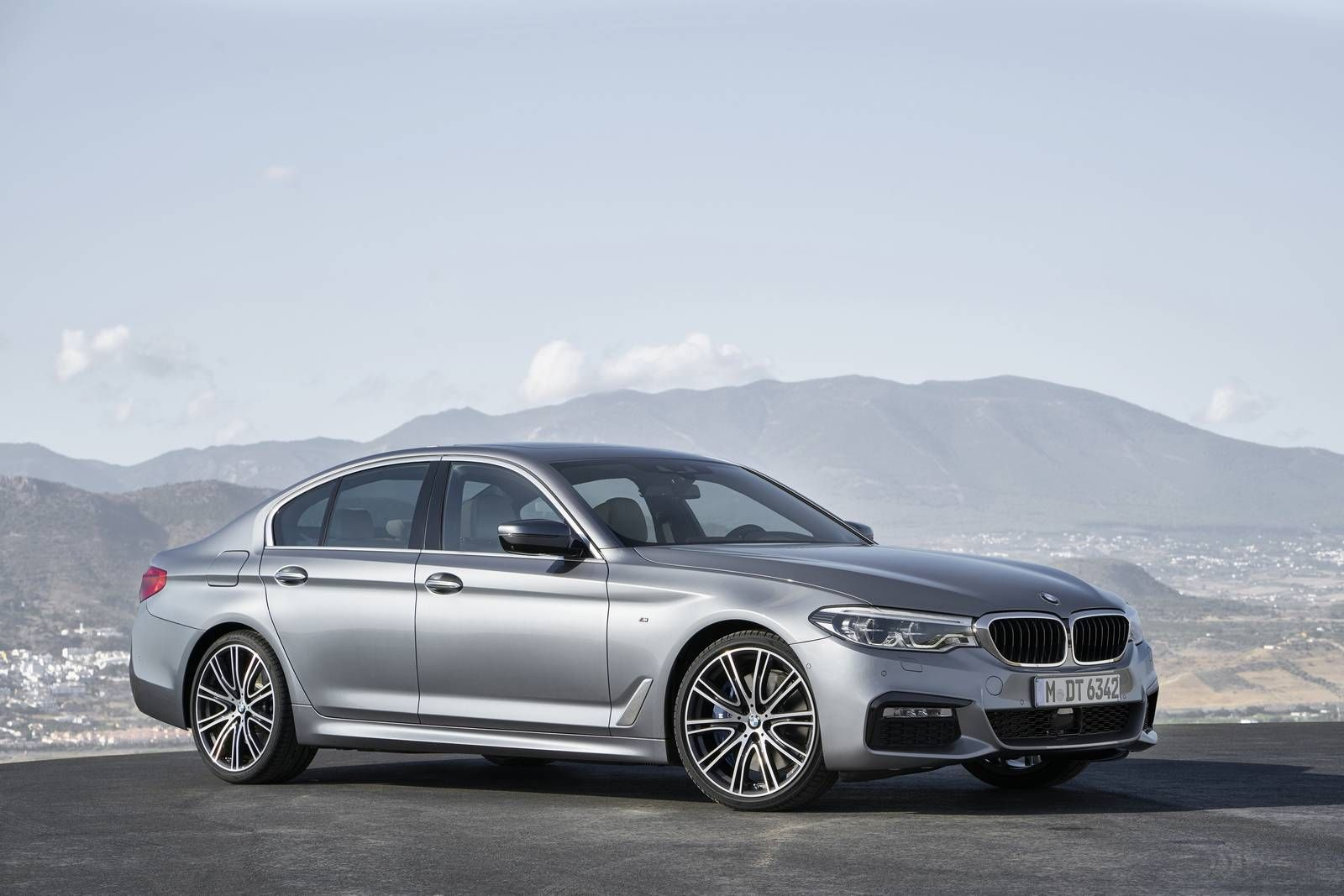 BMW Convertible bmw 5er g30 Official: 2018 BMW G30 5 Series - GTspirit   best design ...