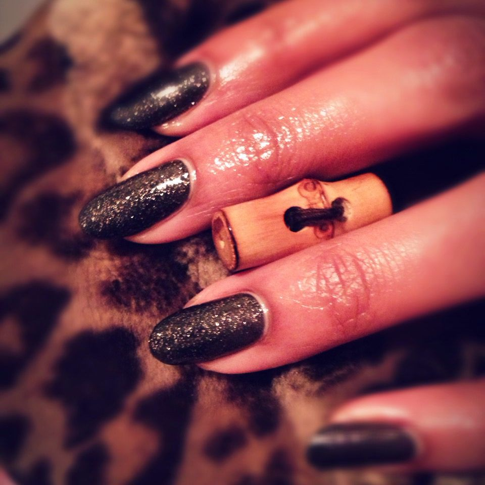 Azature\'s Chocolate Diamond nails by me hand model Pecan Rican ...