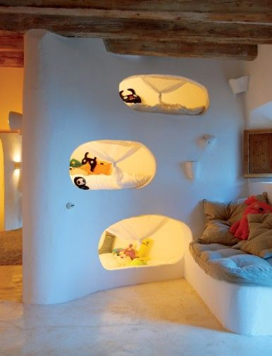 Triple Bunk Beds Pods In The Wall Bedroom Spaces Cool Beds