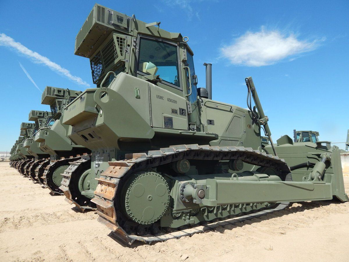 Ironplanet Auctions Ironplanet Twitter Military Vehicles For Sale Military Engineering Army Vehicles