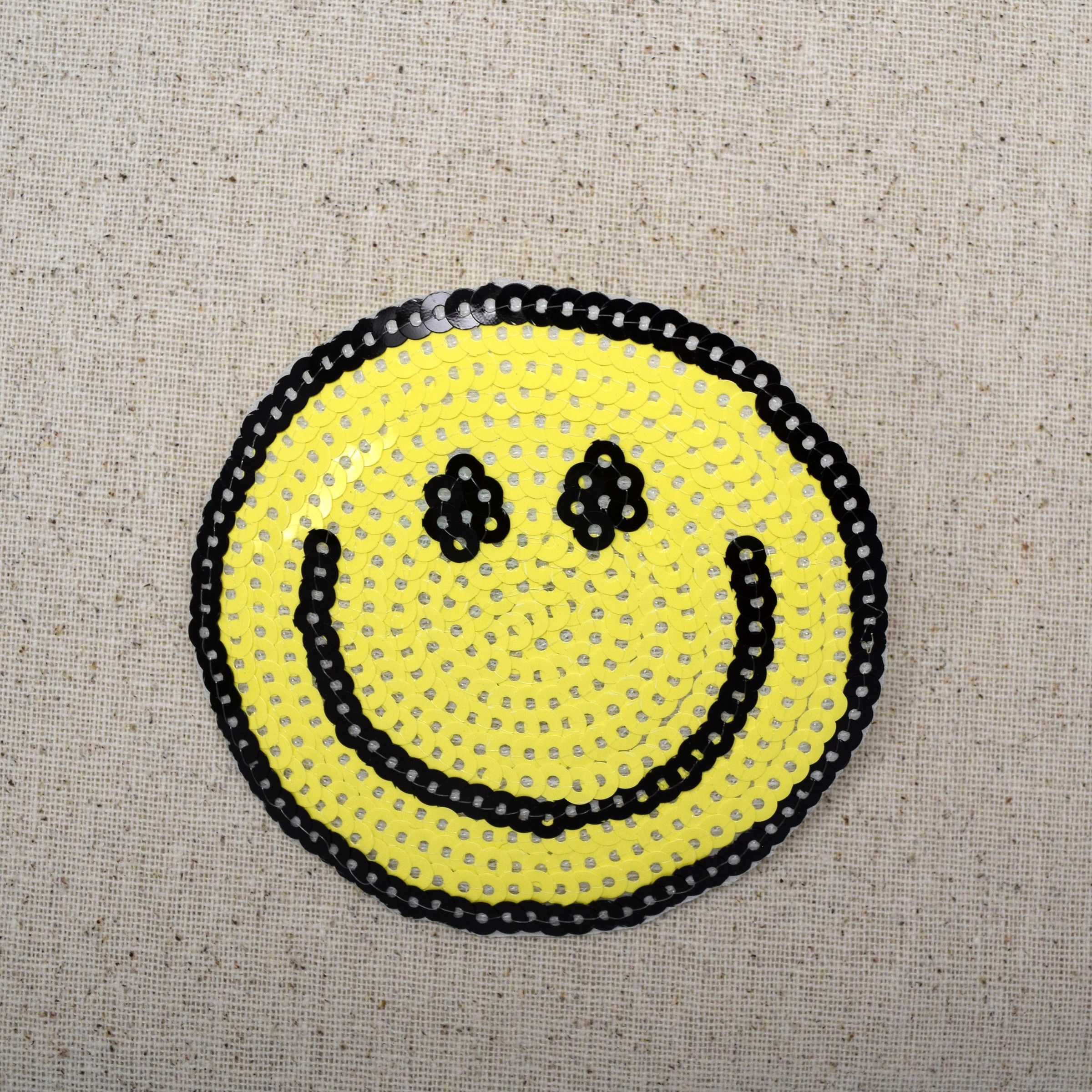 Smiley Face - Sequin - Large - Iron on Applique - Embroidered Patch - 604040-A