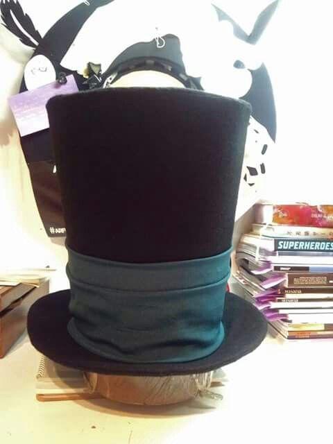 Yan Hats Atellier  Top Hat!