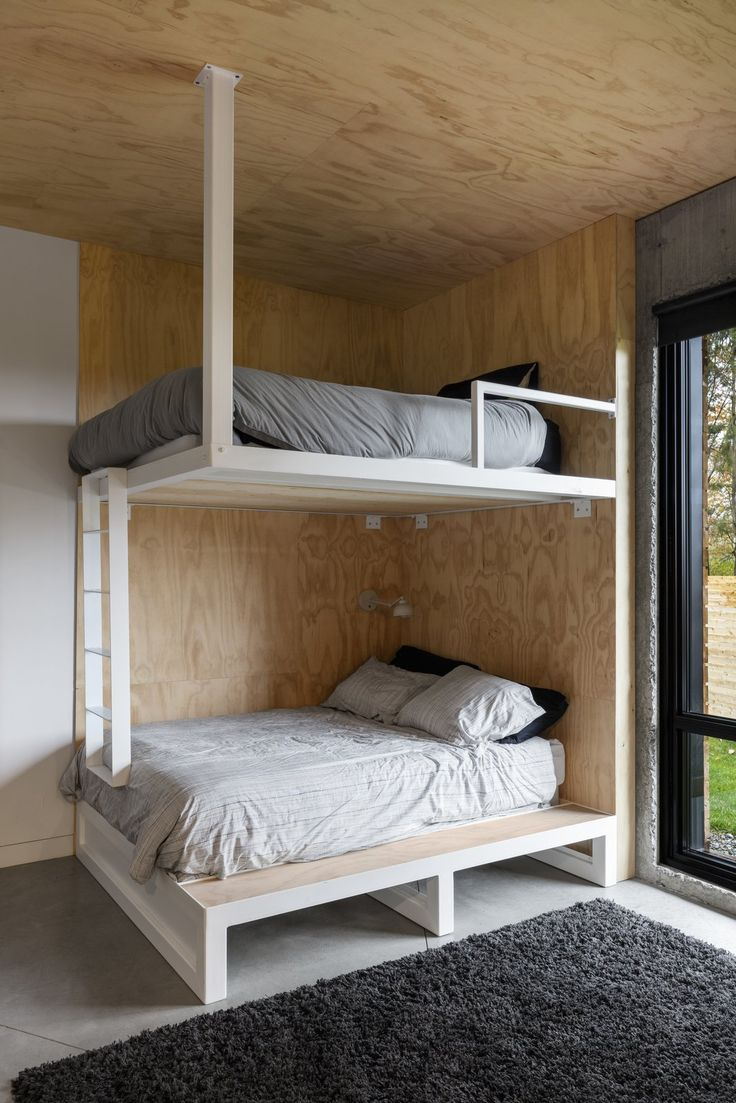 Photo 16 Of 19 In This Striking Chalet Perfectly Balances Playfulness Modern Bunk Beds Bunk Bed Rooms Contemporary Bunk Beds