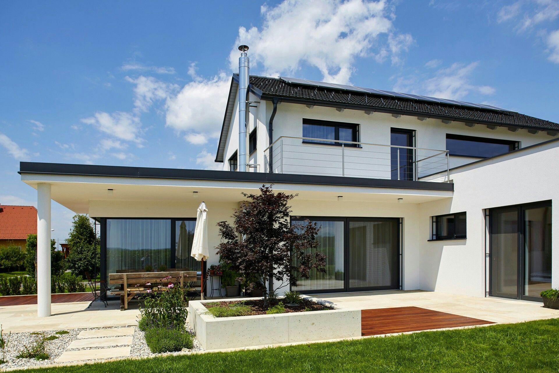Satteldach modern house rooms haus satteldach for Hausbau modern satteldach