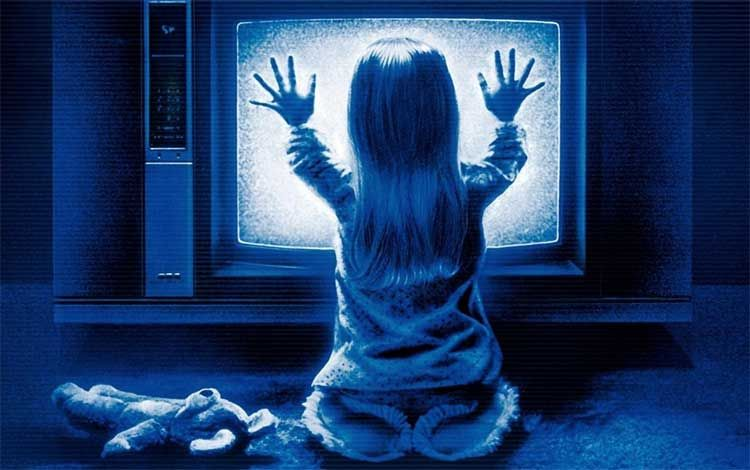 What would be the best way to do an essay on poltergeist?