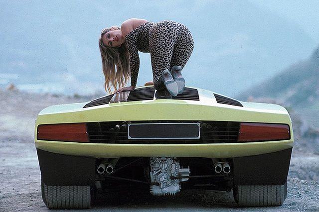 Reflexiones sobre los coches, el diseño, la historia y la cultura - Automobiliac - Viernes Momento de Zen