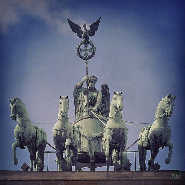 Marasign Design Fotografie On Instagram Die Quadriga Auf Dem Brandenburger Tor The Brandenburg Gate Quadriga Brandenburg Gate Berlin Germany Germany