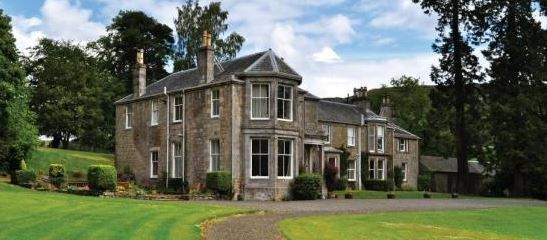 Barnhill House Milton Brae Milton Dunbartonshire Sleeps 1 5 Uk Scotland Self Catering Holiday Home Holiday Travel Children Welcome Holiday Cottage