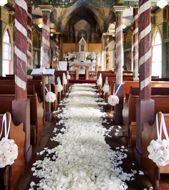 Decorating A Church Wedding Alter   Elegant Church Wedding Decoration Ideas  Archives   Weddings Romantique