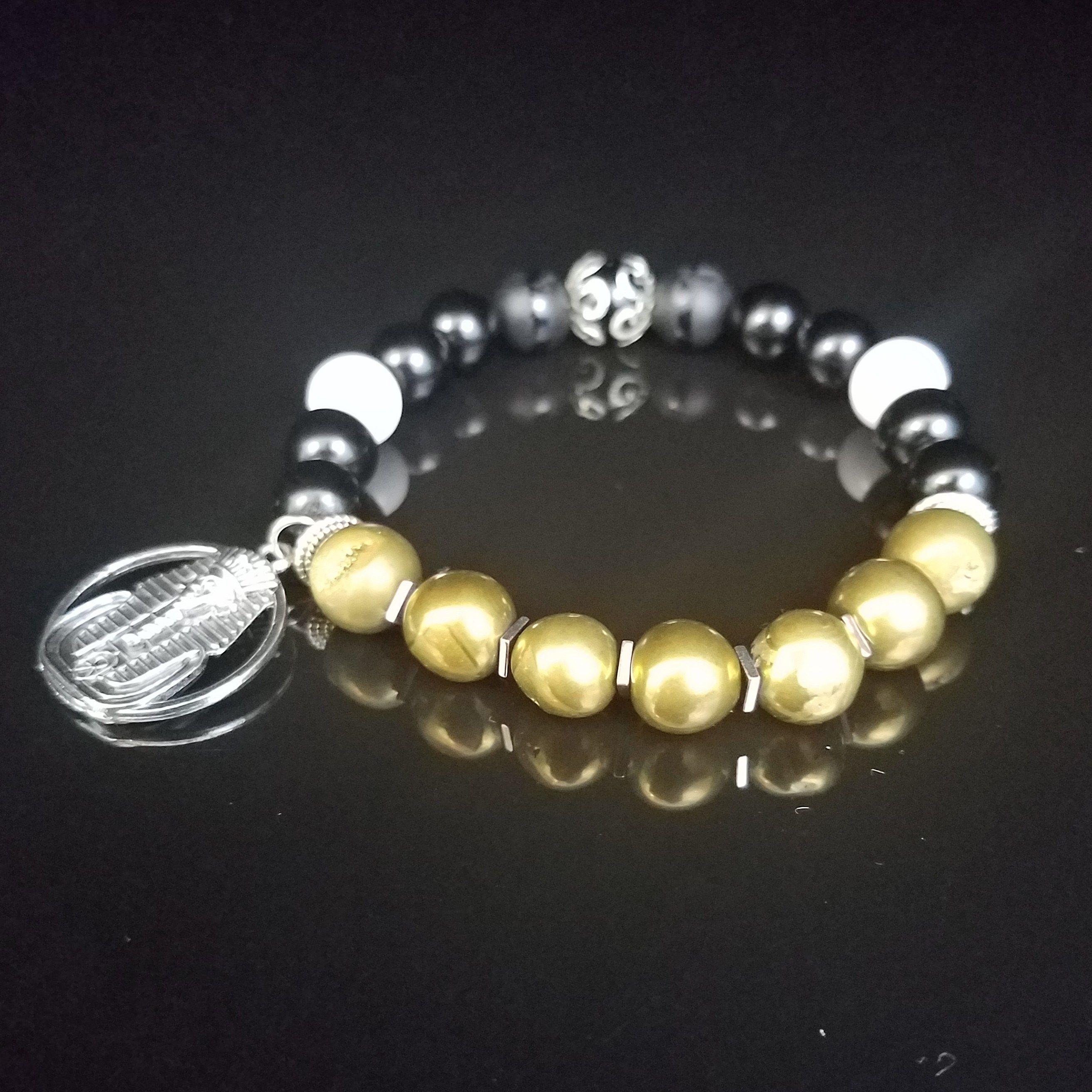 859747317cd This stunning Men s Beaded Bracelet is in honor of Alpha Phi Alpha  Fraternity