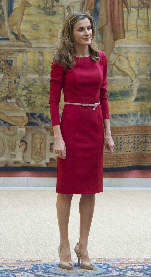 vestido rojo con falda tubo de letizia | rojo - red | pinterest
