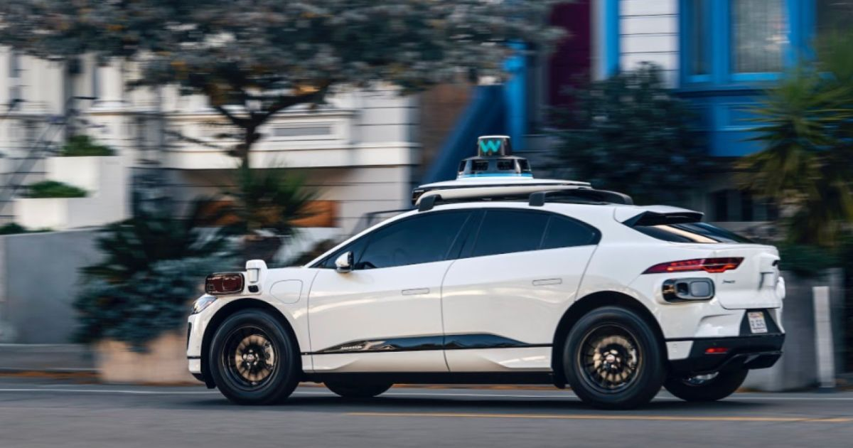 Waymo S Fifth Generation Driver Can Peek Around Blind Spots In 2020 Self Driving Medical Technology Technology