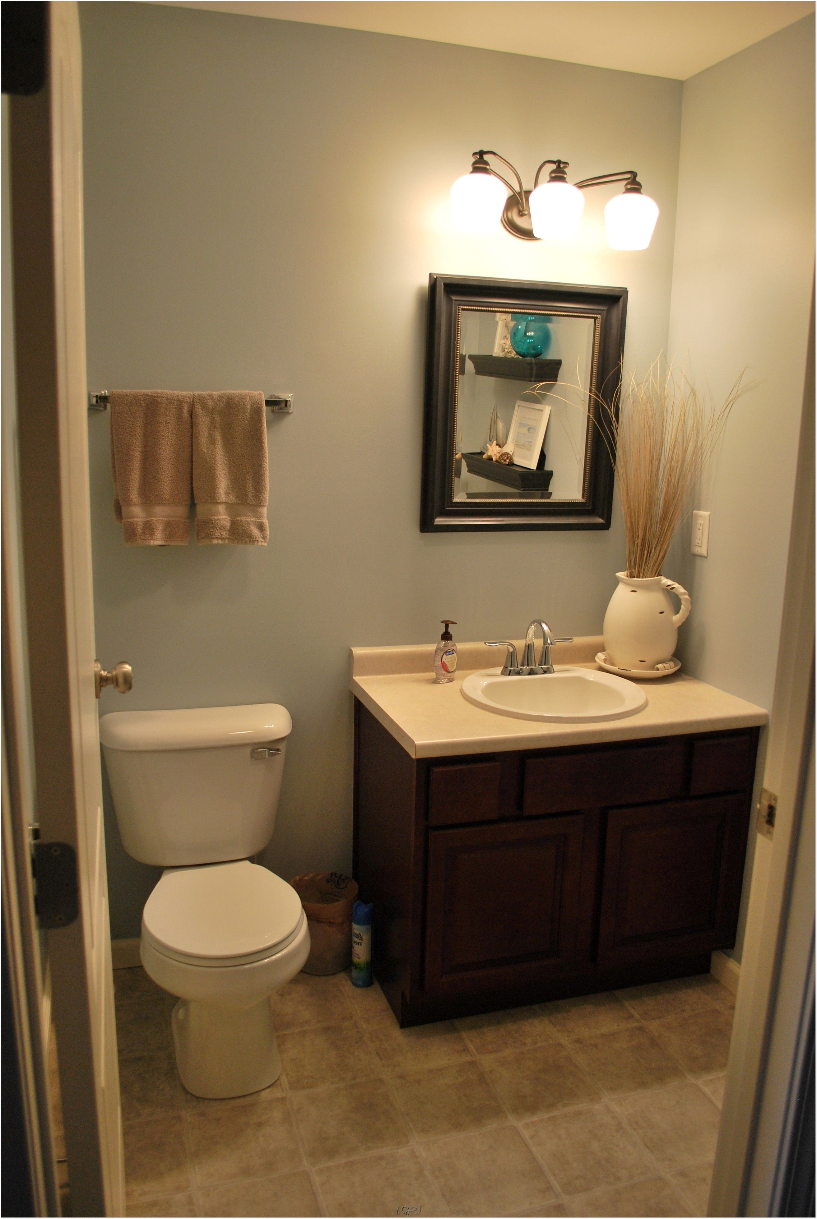 Half Bathroom Ideas and Design For Upgrade Your House Half