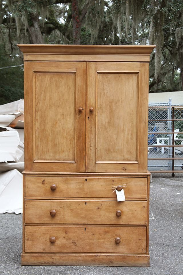Perfect Antique ENglish Pine Linen Press (76) $1,695 Circa 1860