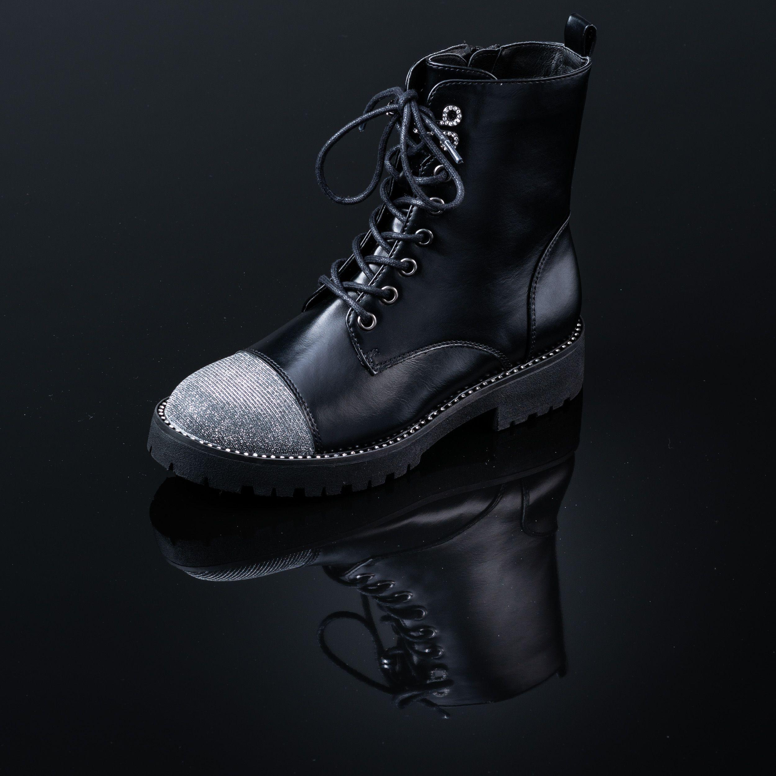 neu billig 60% günstig große Auswahl von 2019 Style Explosion - Boots by Deichmann | Fotos | Boots, Combat ...