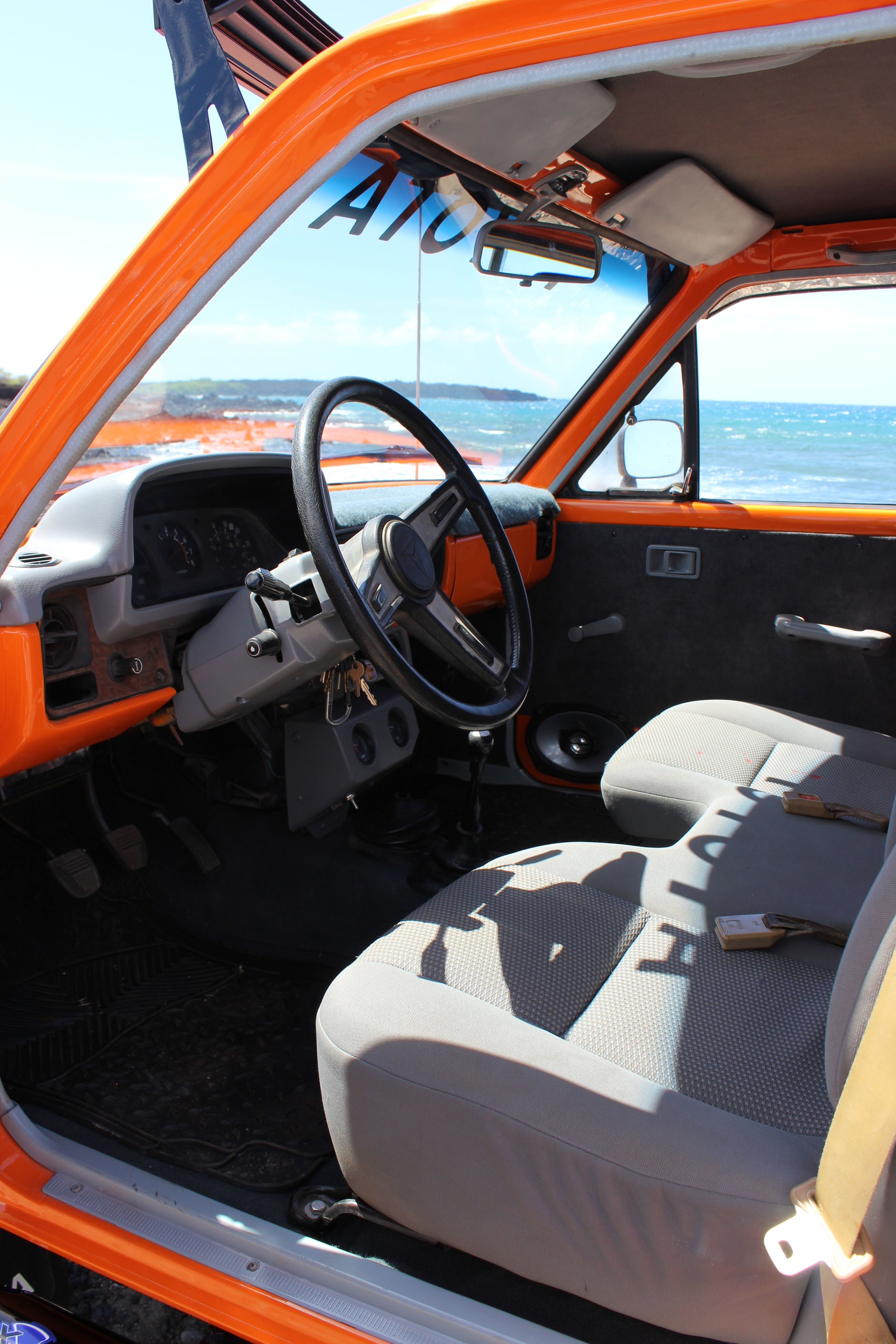 For Sale 1980 1st Generation Toyota Sr5 Fully Custom Interior With 2014 Tacoma Bench Seat New Carpet Head Liner Toyota Trucks For Sale Toyota 4x4 Toyota