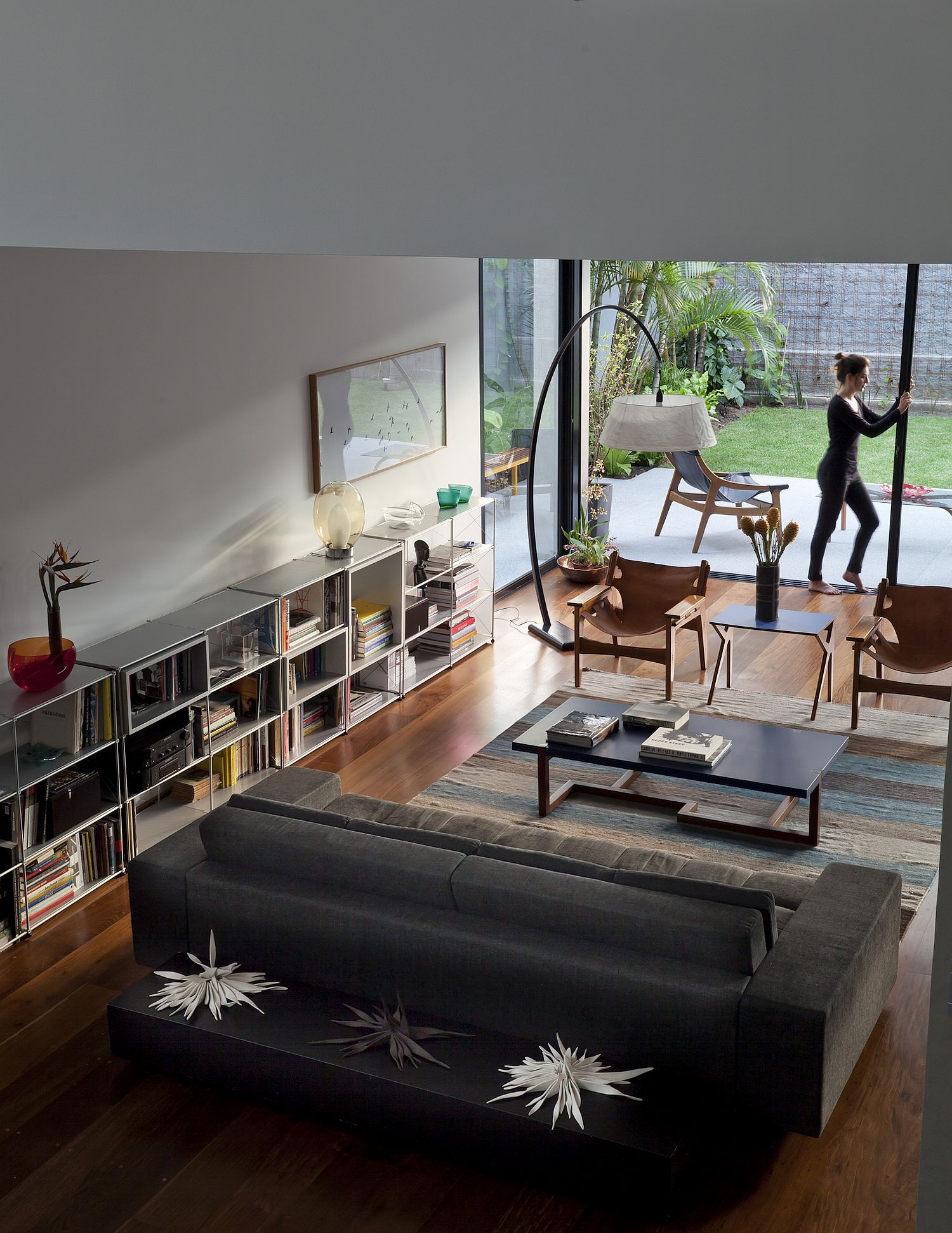 Renovated 1970 s Townhouse in S£o Paulo with Inspired Indoor Garden