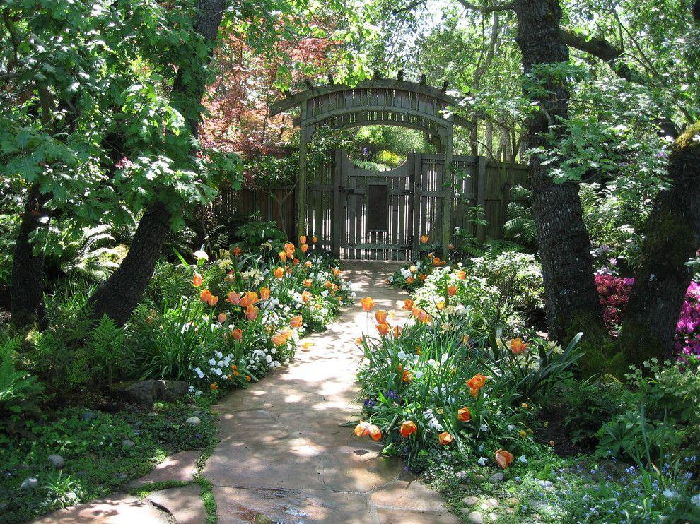 Iris Garden Design Landscape Traditional With Green Flowers .