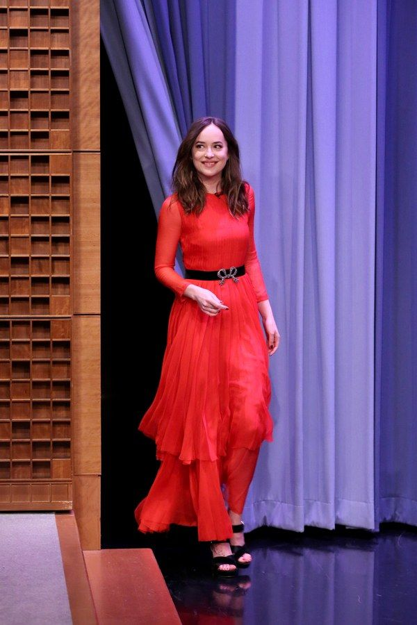 Again red, again long sleeves, again with a natural waist. Johnson knows the silhouettes that work for her. Dakota Johnson in Gucci on The Tonight Show Starring Jimmy Fallon, January 2017.  NBC/Getty Images