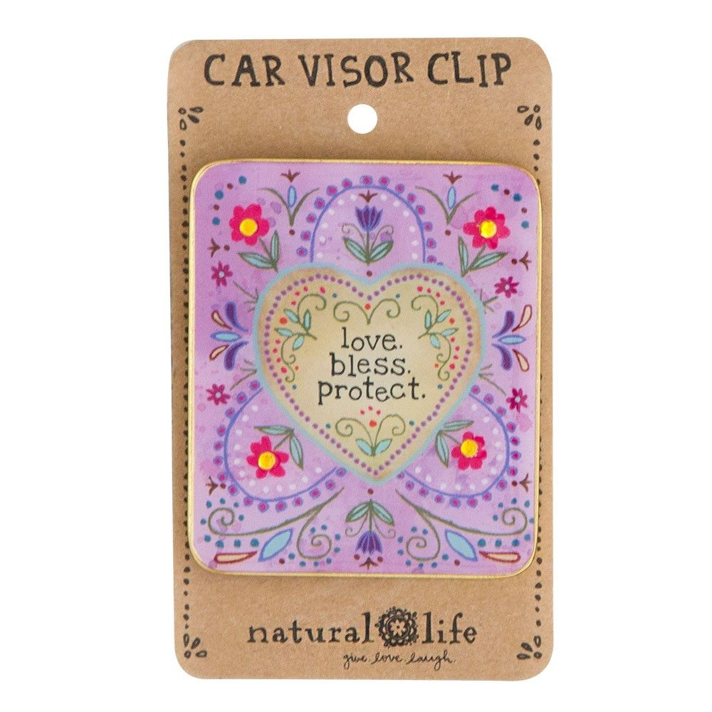 This car visor clip adds prettiness to your car's interior AND is functional!