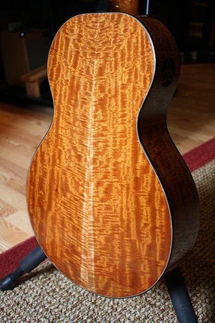 Beautiful Tonewood Acoustic Guitar Classical Acoustic Guitar Resonator Guitar
