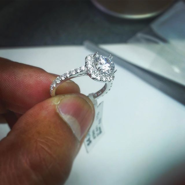 He put a ring on iT  #happy #happyclient #proposal #bridetobe #bride #wedding #love #mine #delivery #ready #new #ring #engagement #engagementring #timetocelebrate #shine #sparkle #big #diamond #gold #platinum #jewelry #humpday #wcw #beautiful #exciting #fiance