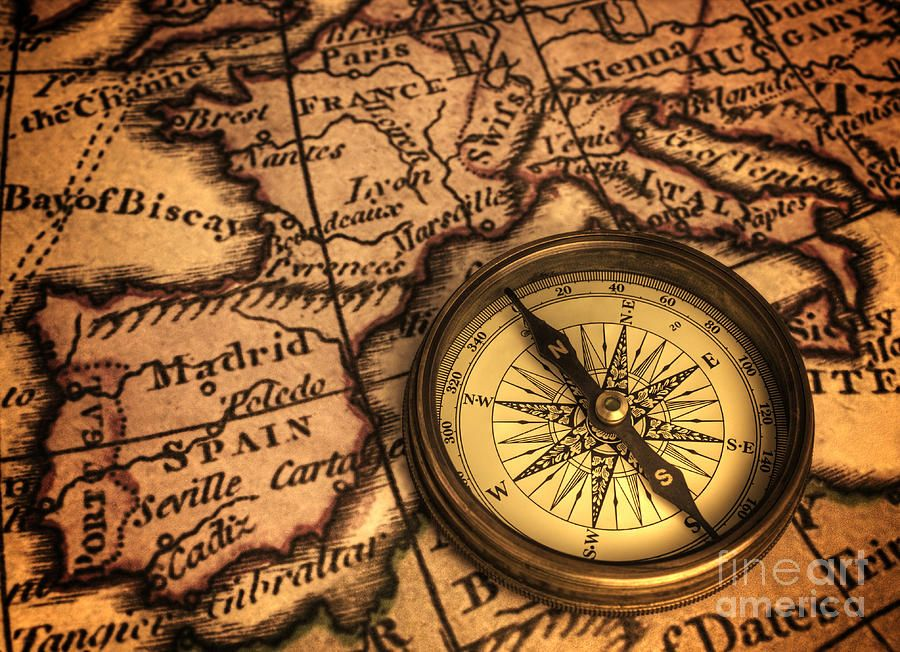 Pin By Nurullah Aydin On Tatuagens De Mapa In 2020 Ancient Maps Compass Art Compass And Map Tattoo