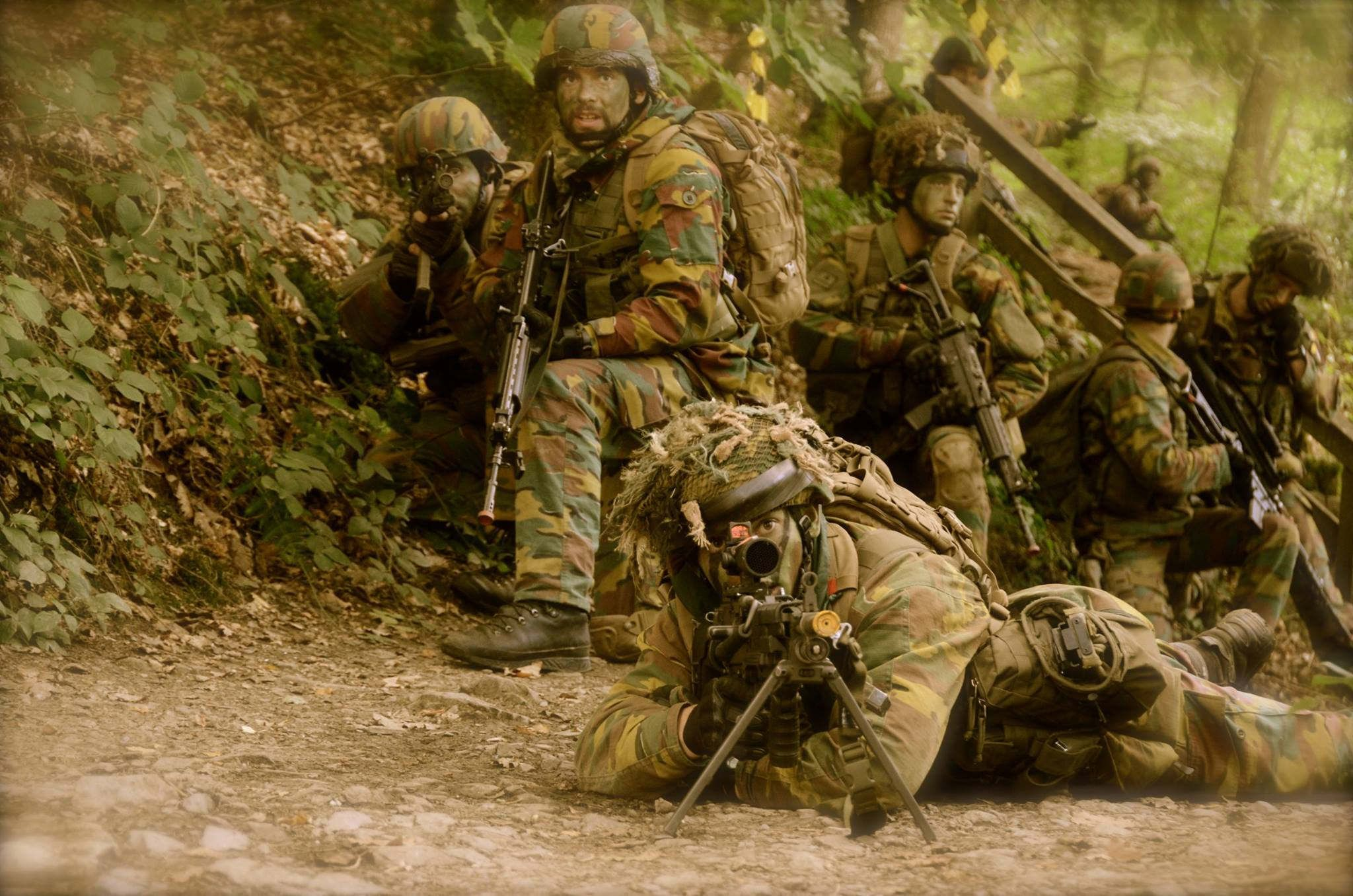 Belgian Para Commandos, Soldiers, Weapons