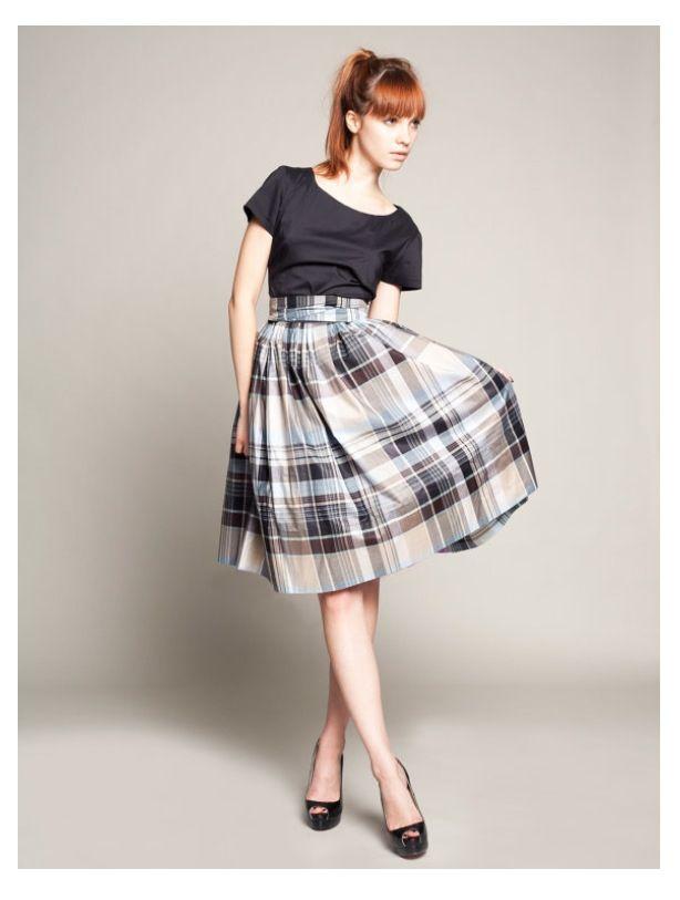 Tartan skirt | Tartankleid, Coole kleider, Kleider für frauen
