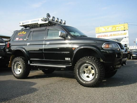 Hokoron 2000 Mitsubishi Montero Sport Specs Photos Modification