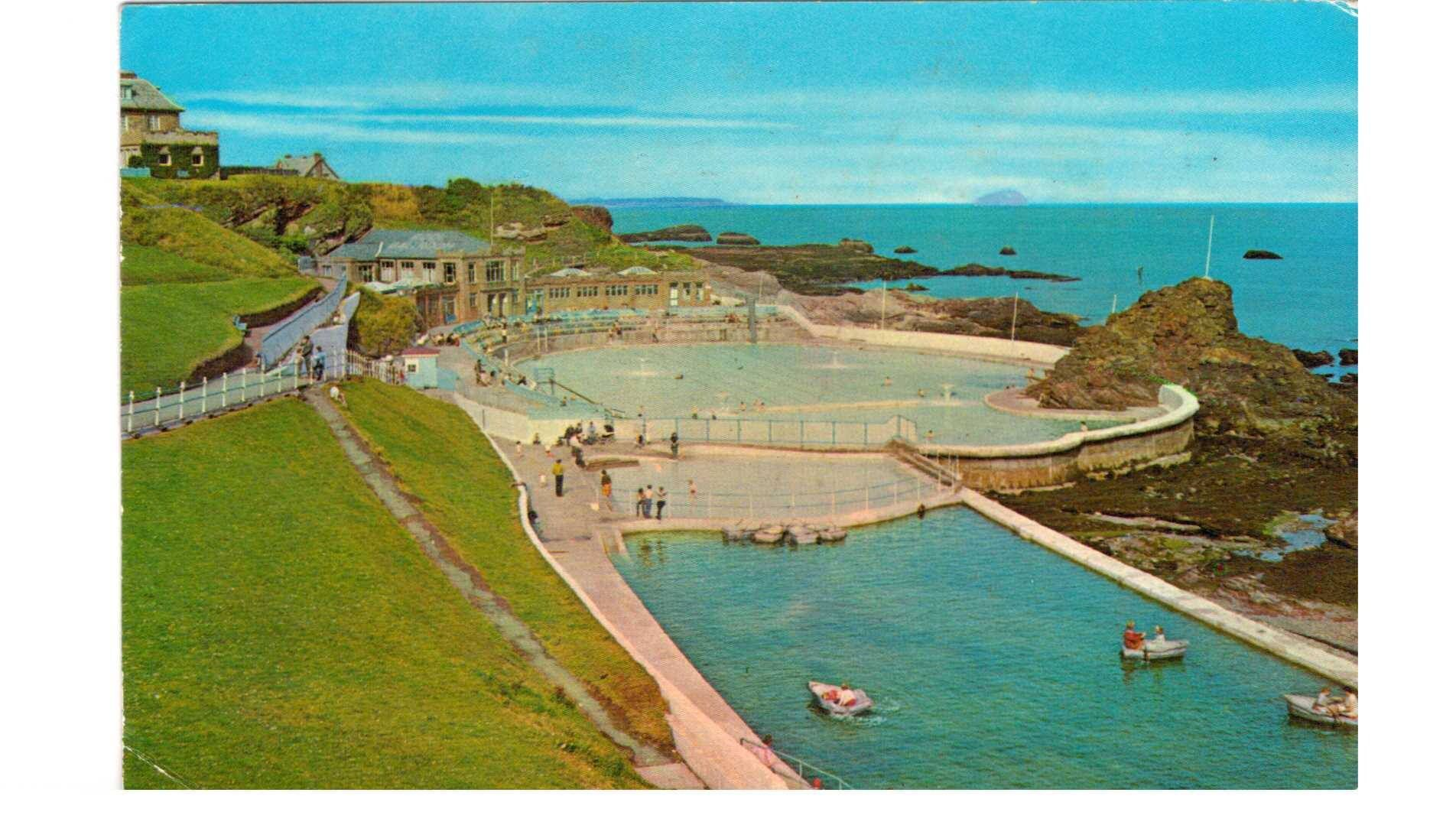 Dunbar outdoor swimming pool 1974 dunbar scotland dunbar clan pinterest scotland for Portobello outdoor swimming pool