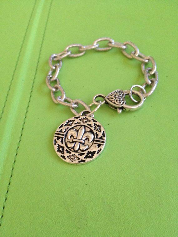 Fleur de Lys Bracelet by joytoyou41 on Etsy, $28.00 #fleur_de_lis #accessories #jewelry #bracelet