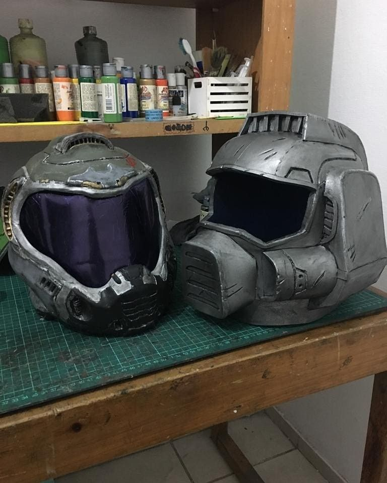 Classic Doom Marine Helmet And Doom Slayer 2016 Ver Helmet Doom