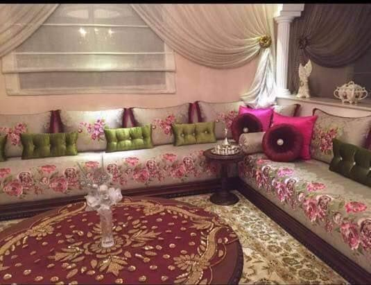 Tlamat Salon Marocain Arabic Decor, Sofa Covers, Sofa Design, Living Room  Designs,