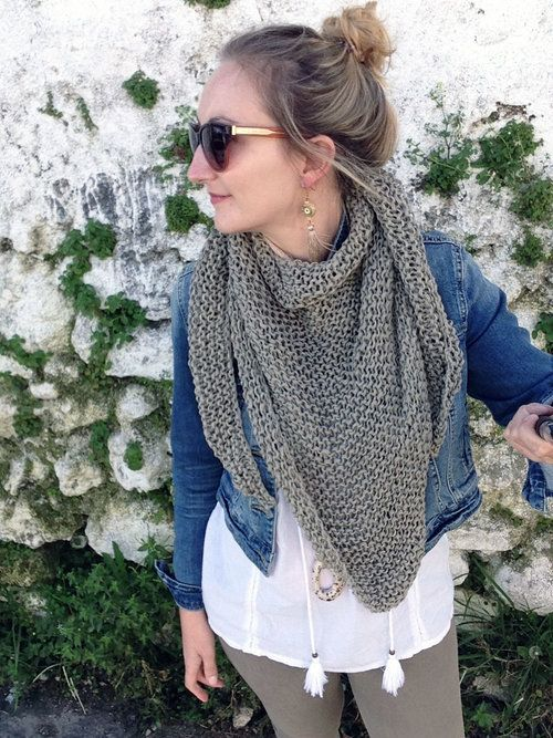 How To Knit An Easy Triangle Scarf Triangle Scarf Knitting