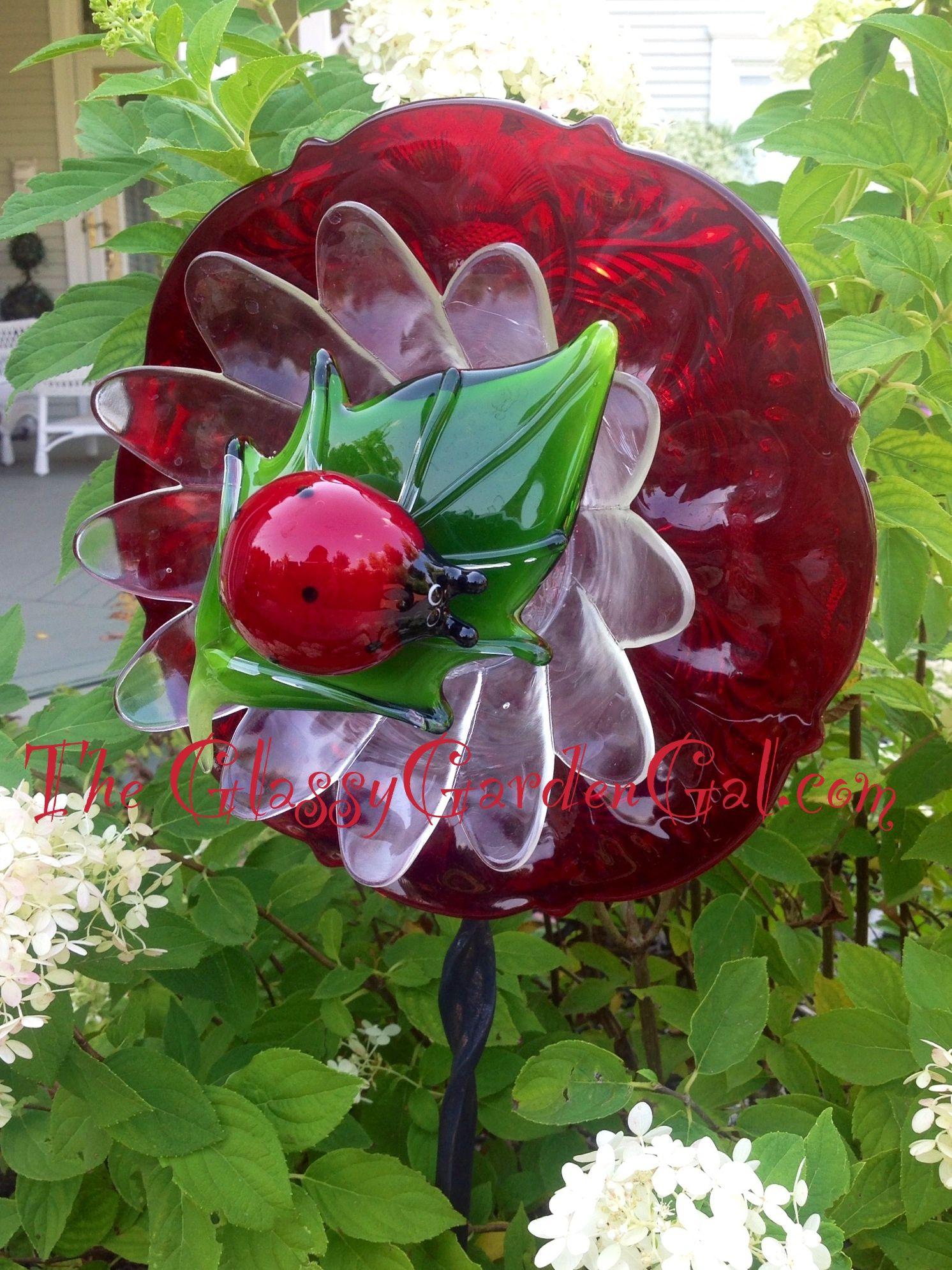 Ladybug flower glass plate garden flower glass garden for Recycled flower art